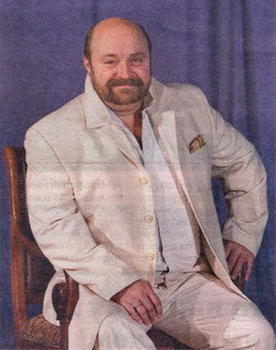 Актёр театра «ФЭСТ» Игорь Бондаренко восемь месяцев жил в гримёрке